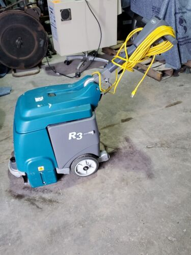 Tennant R3 Rapid Space Rapid Dry Carpet Extractor ONLY 7 HOURS