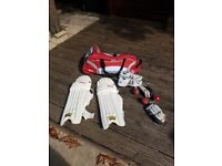Adult Cricket Kit with Wheelie Bag for sale