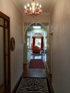 very large furnished room inc bills in fabulous Byron house