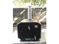 Outside portatble table top charcoal pizza oven NEW