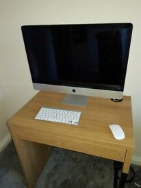"iMac 27"" 2011 incl ikea desk"