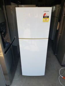 Samsung 236L Top Mount Fridge Freezer Free Delivery Guarantee