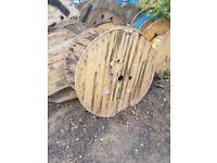 1900mm & 1200mm Cable Reels Ideal for Rustic Garden tables/Furniture