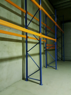 Pallet racking stow