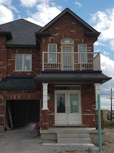 4 BEDROOM END UNIT!! BRAND NEW IN BRADFORD! SEPT. 15 OCCUPANCY