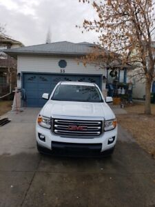 2017 GMC Canyon SLE 4x4 , Ext Cab, 4 Dr, V6 ( Low Kms)