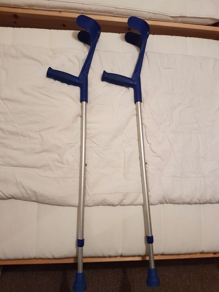 Crutches 1 pair, great condition