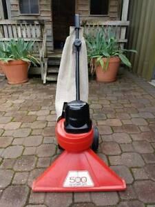 Victa vac Leaf vacuum cleaner    500 model