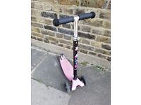 Maxi micro scooter pink in good condition