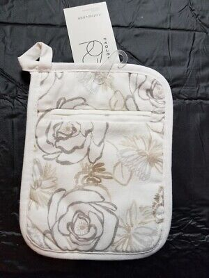 White Floral Pot - Floral Print Pot holder White/Taupe - Threshold™