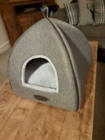 Grey Igloo Cat Bed