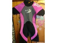 Girls wetsuit age 10-11