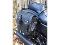 Twin saddle bags for Harley Davidson Iron 883