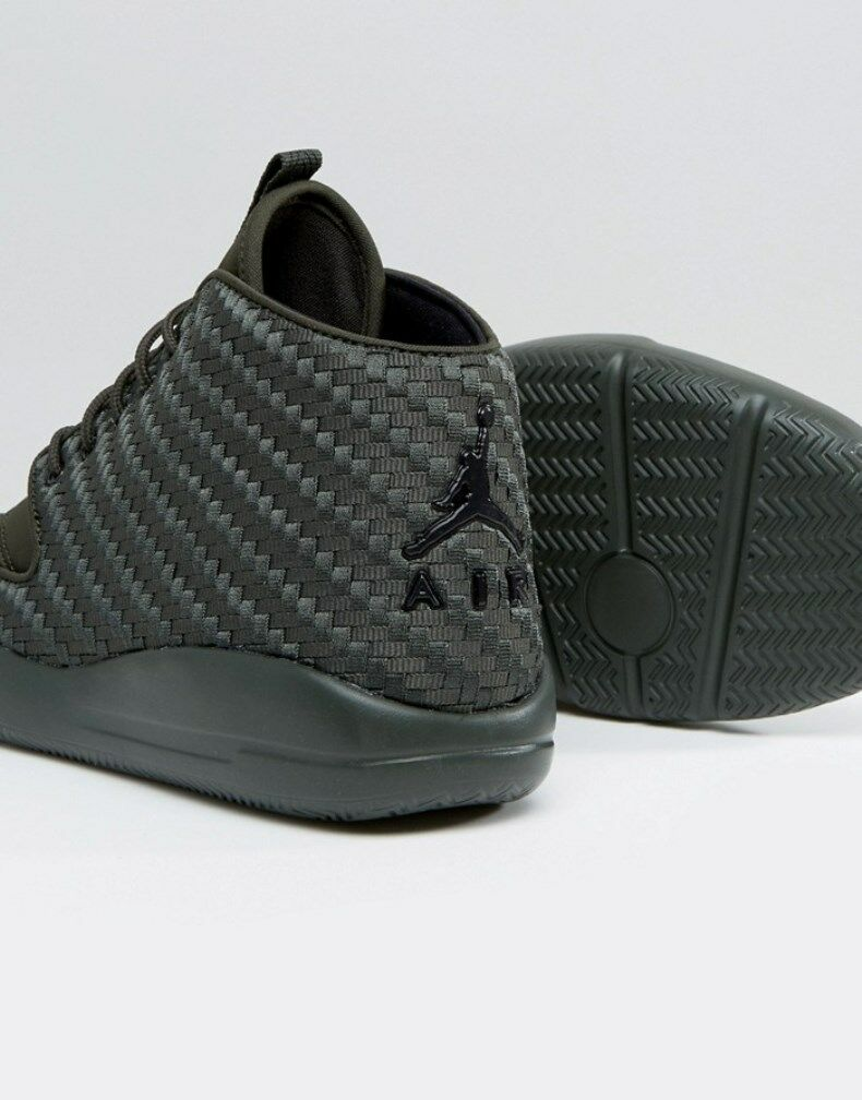 3efe05d17246 ... Nike Air Jordan ECLIPSE CHUKKA Cargo Olive Green Sequoia Carbon Fiber  Shoes Sz 9 фото ...