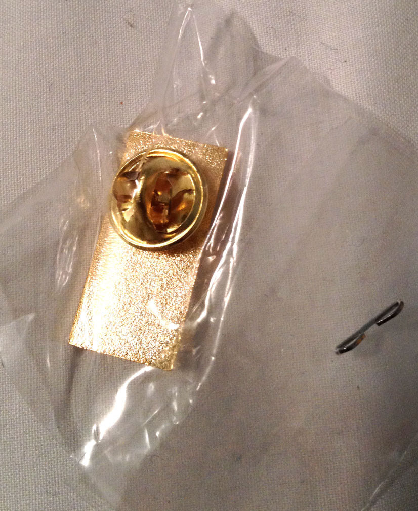 CUT COPY Gold Metal Diecast Boombox Pin VERY RARE Friends Family Modular 1 Of 32 - $9.99