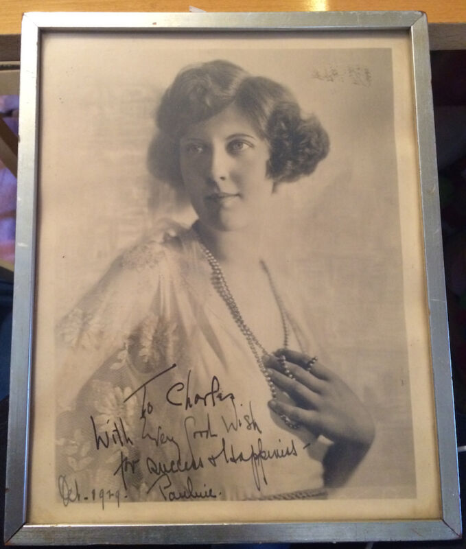 OCTOBER 1929 PHOTOGRAPH INSCRIBED AND SIGNED PAULINE, POSSIBLE ACTRESS