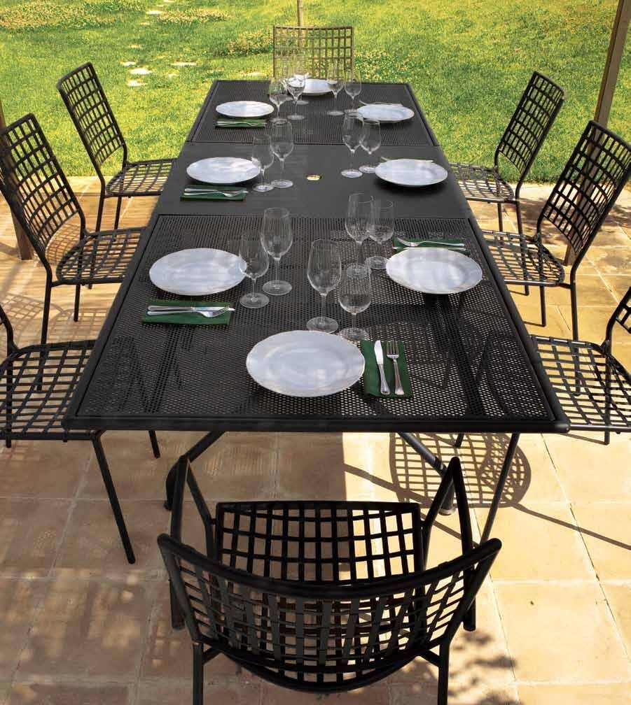 Emu piano garden outdoor dining extensible table and chairs in antique iron colour