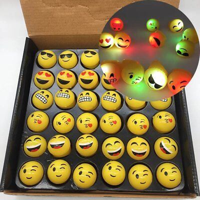 LED Light Up Flashing Smiley Jelly EMOJI RINGS EMOTICON Party Favor Toy Assorted