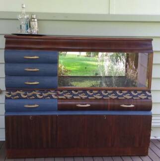 Vintage waterfall sideboard/ bar / cabinet/ drinks bar / buffet