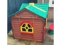 Kids summer playhouse outdoor
