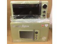 Swan Retro Digital Microwave 20 Litre 800 Watt Green