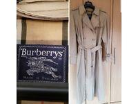 Burberry original Raincoat,size 16/18 ..perfect condition