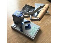 Warrior Manual Desktop Round Corner Cutter Machine with 2 cutter dies.