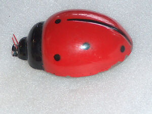 VINTAGE-FRICTION-TOY-LADY-BUG-BULGARIA-1970-ES