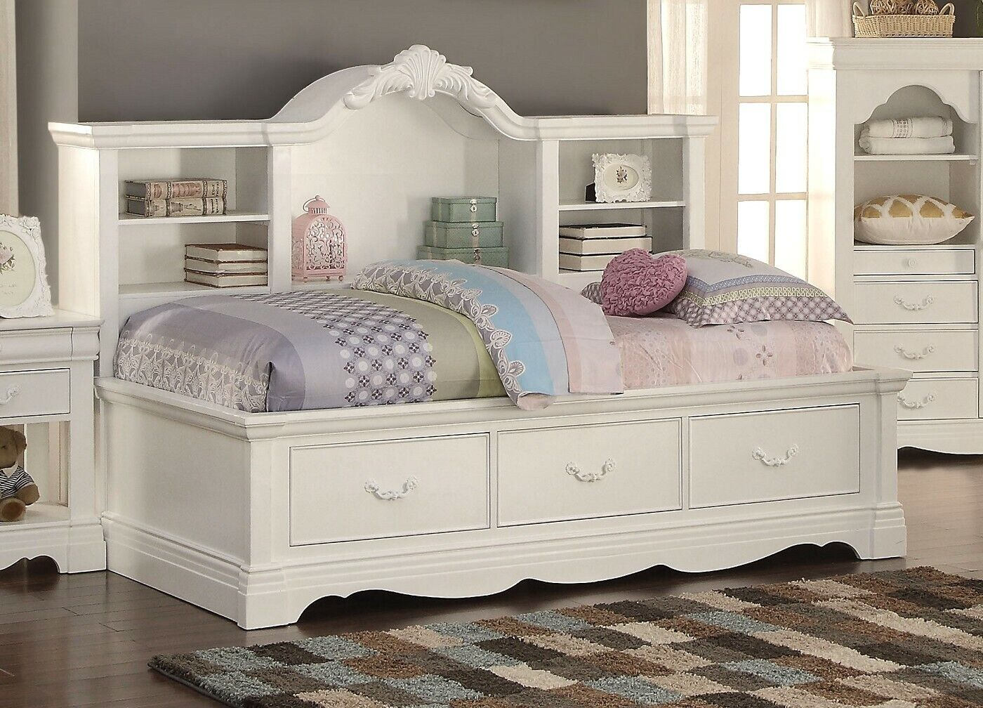 - Yuna Kids Classic Youth Twin Daybed W/ Storage In White Finish