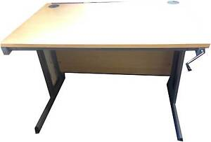1200mm Beech Height Adjustable Desk - Perfect for Home or Small Office