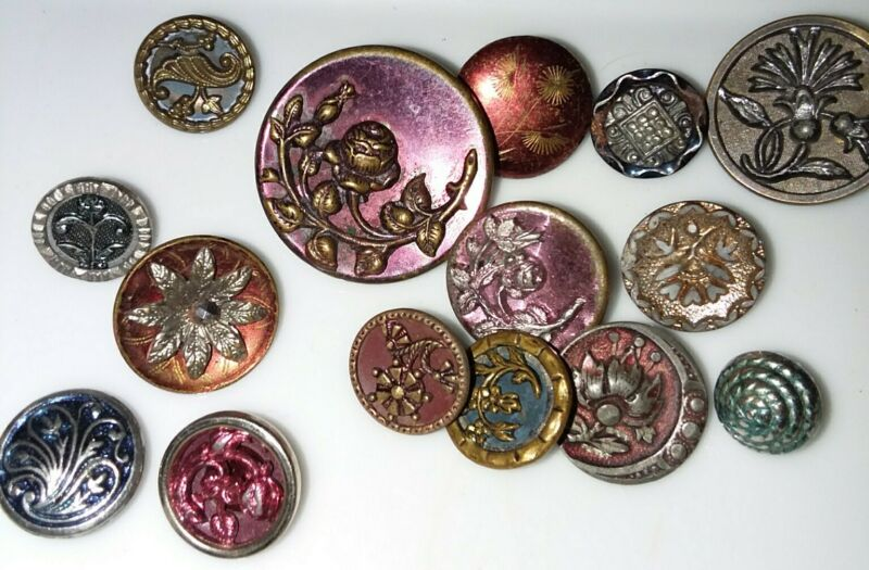 LOT 15 ANTIQUE VICTORIAN RED & BLUE TINT MIXED METAL BUTTONS -  FLOWERS ROSES ++