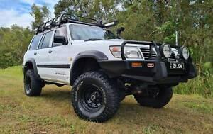 2001 Nissan Patrol Dx TD42t (4x4) 5 Sp Manual 4x4 4d Wagon