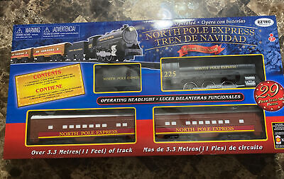 EZTEC North Pole Express Battery Operated Train Set 29 Pc Christmas