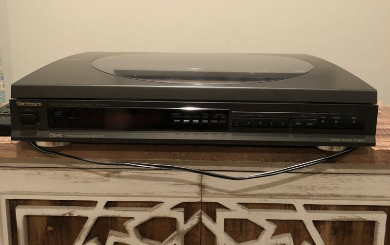 Technics SL-PC20 Multi Compact Disc 5 CD Player Working w/Remote and AV Cords