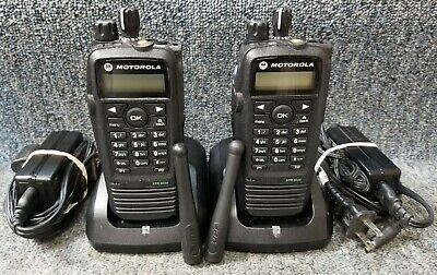 Motorola Xpr6550 Uhf Digital Dmr Mototrbo Set Of 2 Radios 430-470 Very Good