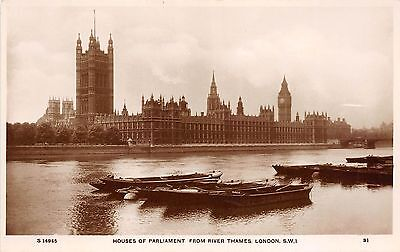 BR58230 houses of parliament from river thames  london ship bateaux   uk