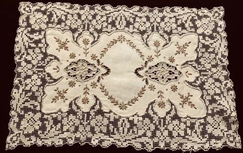 Antique Incredible Runner Hand Made Darning Lace Trim Insert Needle-lace Medalli