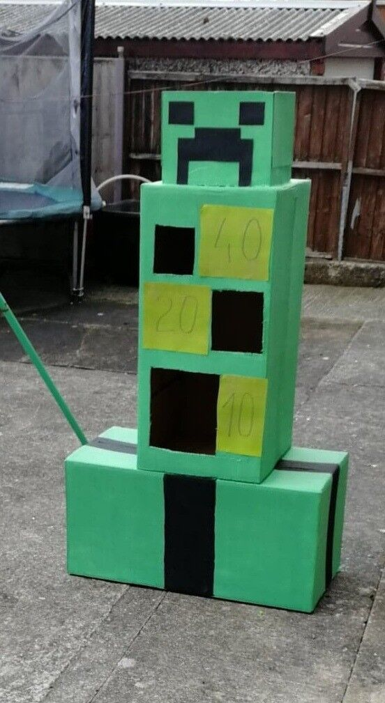 Minecraft theme party games | in Seacroft, West Yorkshire