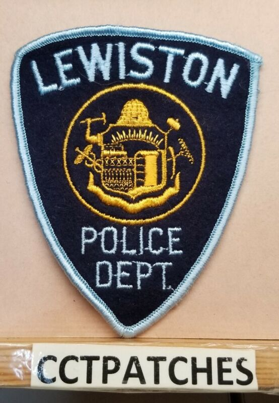 LEWISTON, MAINE POLICE FELT SHOULDER PATCH ME