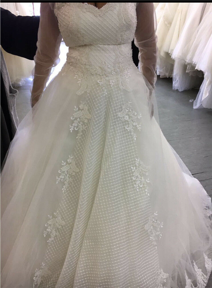 a line ivory wedding dress in longford west midlands gumtree