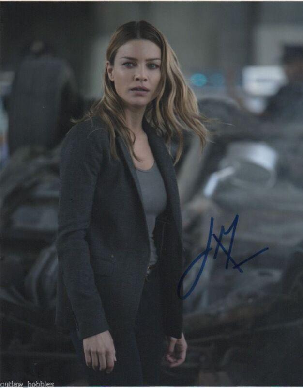Lauren German Lucifer Autographed Signed 8x10 Photo COA #1