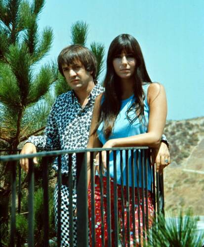 SONNY AND CHER - MUSIC PHOTO #E-38