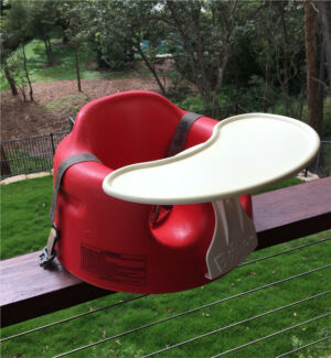 Red bumbo with tray x 2