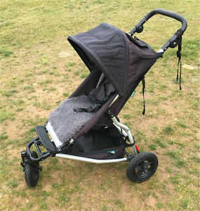 Mountain buggy swift with sheepskin liner Smeaton Hepburn Area Preview