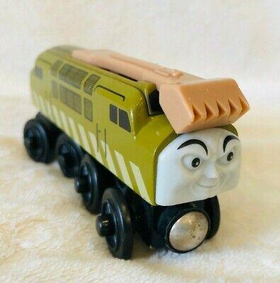 2001 Learning Curve Wooden Thomas Train Magic Railroad Diesel 10 EUC