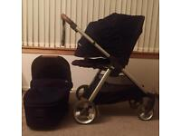 Armadillo Flip XT Buggy with Carrycot - Navy