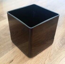 Glass cube square vase centerpiece - white black mirror