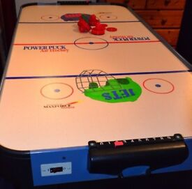 Large (5ft) mains powered air hockey table