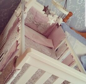 Mamas and papas baby cot