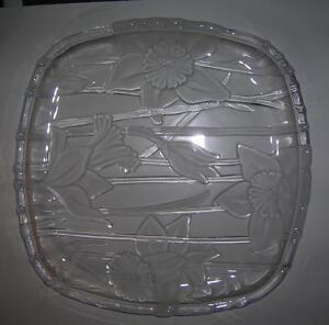 Glass serving trays (qty 3) & Chrome Basket